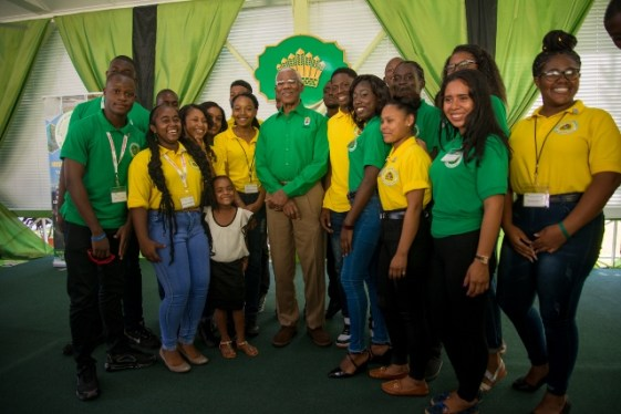 His Excellency, President David Granger poses with YNR3 Apprentices/Young Eagles at State House.