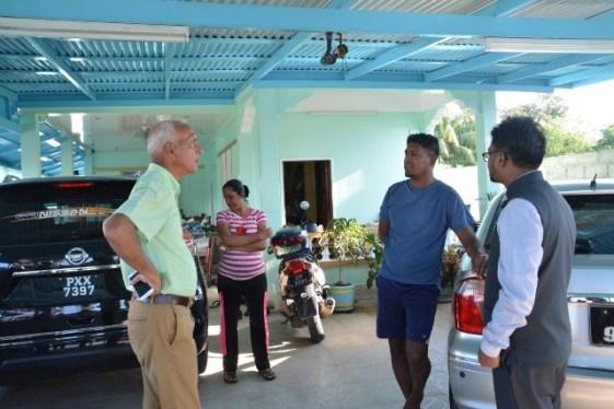 Minister of Communities, Hon. Ronald Bulkan engaging Windsor Forest residents.