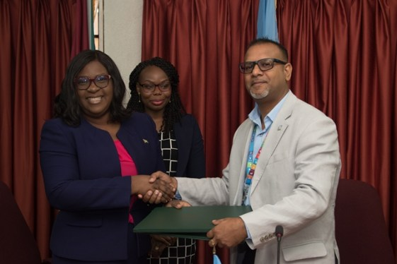 Minister of Foreign Affairs, Hon. Dr. Karen Cummings and UNDP Officer in Charge, Guyana, Navindra Persaud.