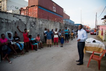 A section of residents at the meeting with Minister of Public Infrastructure Hon. David Patterson in Container City.