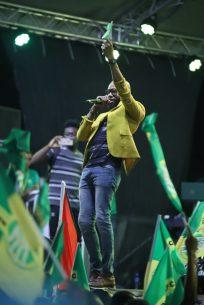Guyanese gospel Artiste Saiku Andrews serenades the crowd
