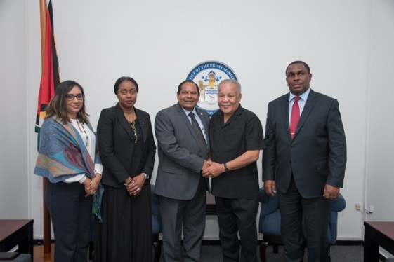 From left, Ms Deeann Ali, Head of Good Offices for Peace and Adviser Caribbean, Tres-Ann Kremer, Prime Minister, the Honourable Moses Nagamootoo, Chairman of the Commonwealth observer team, Rt. Honourable Owen Arthur and Head of the Electoral Support Section, Martin Kasirye.