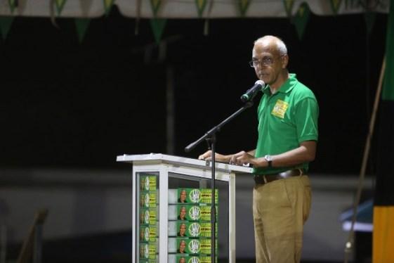 Minister of Communities Hon. Ronald Bulkan addressing residents of Region 8 at the Mahdia Oval.
