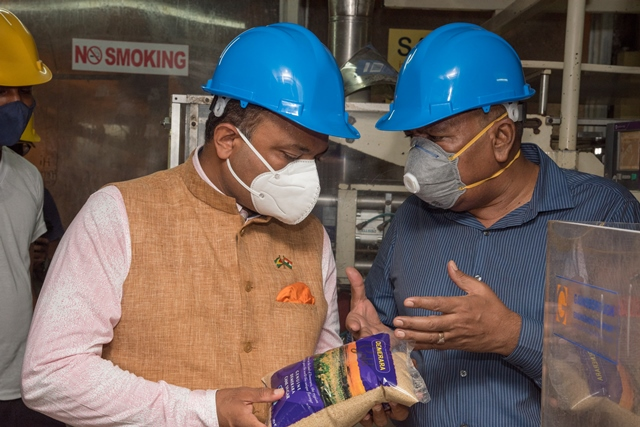 Indian High Commissioner to Guyana, His Excellency Dr. K. J. Srinivasa and Minister of Agriculture Hon. Zulfikar Mustapha at the Blairmont Estate packaging plant.