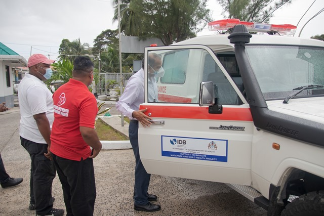 Minister of Health, Hon. Dr Frank Anthony inspects ambulance