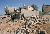 The rubble of buildings destroyed by the Israeli soldiers as a collective punishment (UN Photo).