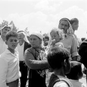 There are approximately 100,000 refugees in Syria, 17,000 of whom are former UNRWA refugees. In Jordan there are approximately 200,000 refugees, half of whom are former UNRWA refugees. Some of the many thousands of refugees who made the difficult crossing into Jordan from the Israeli-occupied west bank of the Jordan River, across the King Hussein Bridge (formerly Allenby Bridge) which was blown up by the Jordanian Army during the fighting between Israel and Jordan (UN Photo).