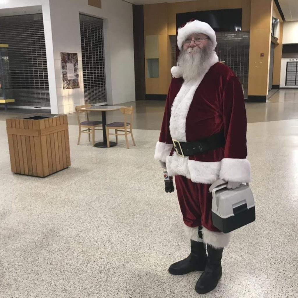 Sad Santas Confront Empty Malls: 'Do I Have Something In My Beard?' (#GotBitcoin?)