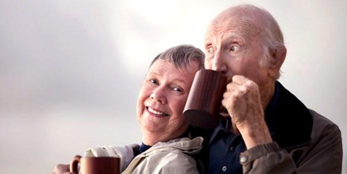 Deterioro físico en adultos mayores, nada que ver con el café