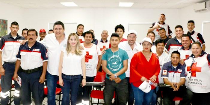 Robles Pompa se compromete con la Cruz Roja