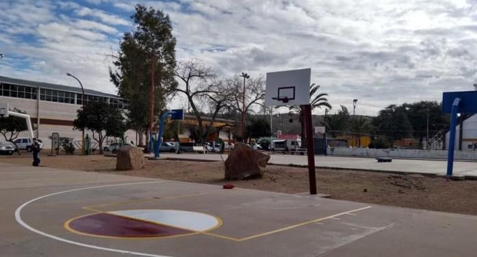 Dan mantenimiento a espacios deportivos de Nogales