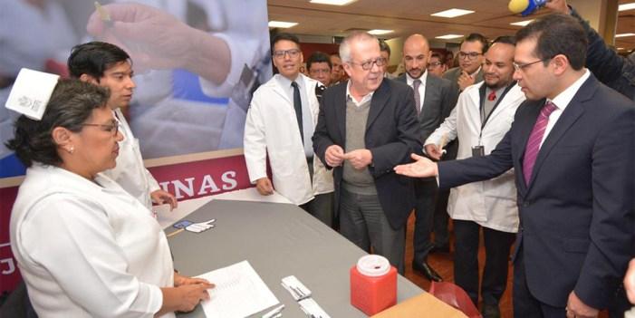 Llama Director de ISSSTE a prevenir decesos por cáncer