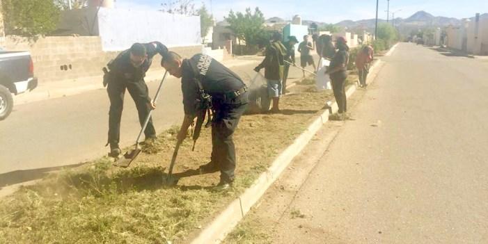 Policía y Tránsito Municipal unen esfuerzos con vecinos de La Mesa