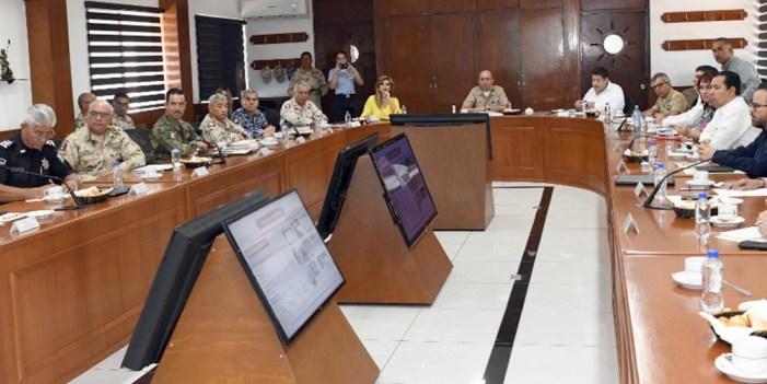 """Preside Claudia Pavlovich """"Mesa de Seguridad"""" en Guaymas"""