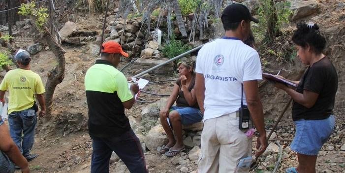 Suman tres mil 500 personas en zonas vulnerables de Acapulco