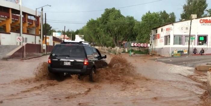 Llama Policía y Tránsito a prevenir tragedias por lluvias