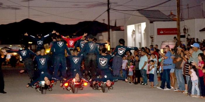 Llevan espectáculo de Heptatlón y Seguridad Pública a Naco Sonora