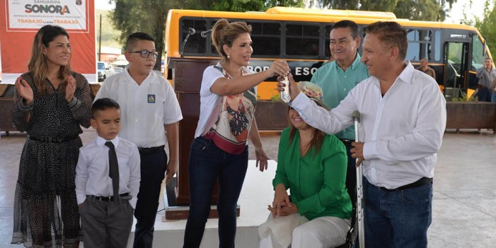 Habitantes de la Sierra alta reciben apoyos del Gobierno del Estado