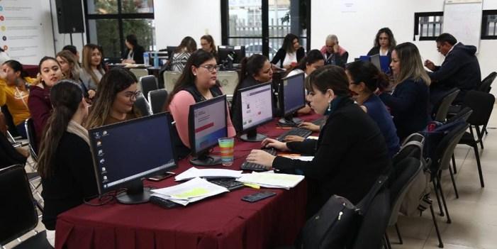 Replicarán en el País proceso de asignación de plazas a docentes