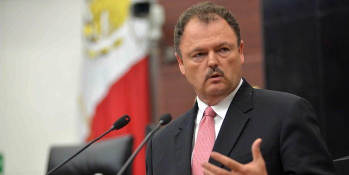 Ernesto Gándara anuncia deslinde del PRI