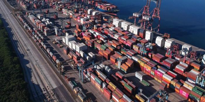 Aduanas va por más ingresos en 2021