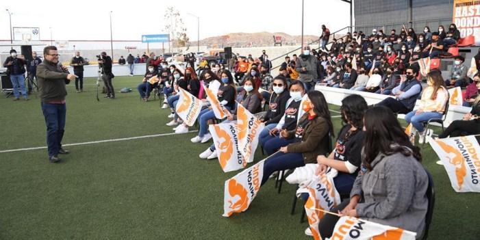 #RicardoBours se reúne con jóvenes y mujeres en Nogales
