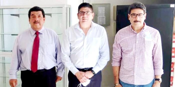 Juan Gim estrecha relaciones con Unison