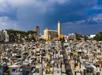 Curitiba acumula sepultamentos suspeitos, mesmo sem confirmação de mortes por Coronavírus