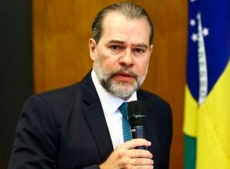 Covid-19: Presidente do STF propõe 'saída diagonal' para isolamento social