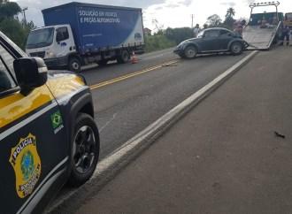 Acidente envolve três veículos em Palmeira e deixa vítimas com ferimentos graves