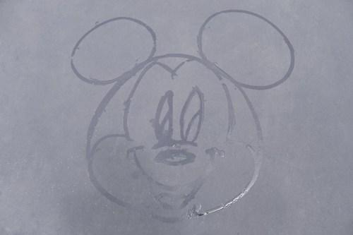 ミッキーマウス 東京ディズニーランド、東京ディズニーシーの全エリア (c)Disney
