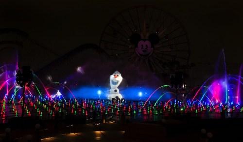 World of Color – Winter Dreams (c)Disney