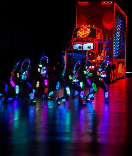 "MACK AND THE CARS CREW PREVIEW ""PAINT THE NIGHT"" (c)Disney"