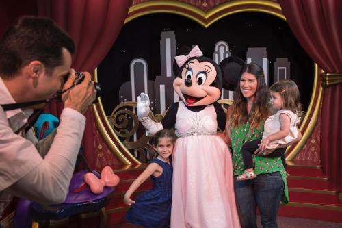 Minnie Mouse Greets Guests at Disney's Hollywood Studios (c)Disney
