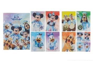 クリアホルダーセット 1500円 (c)Disney