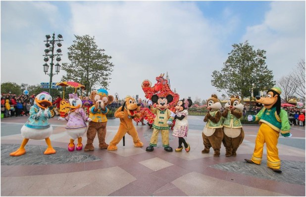 Disney Characters make a surprise appearance during dragon dance performance to send wishes to guests (c)Disney