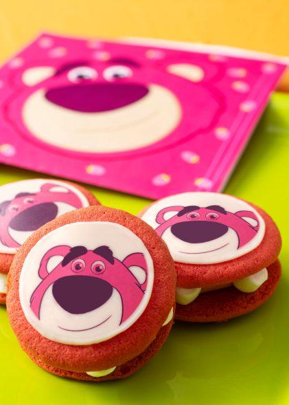 リバティ・ランディング・ダイナー ロッツォのクッキーサンド 1個 400円 (c)Disney/Pixar