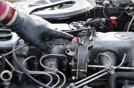 Diesel Won't Shut Off When the Key is Turned Off | Engine Problem | MercedesSource