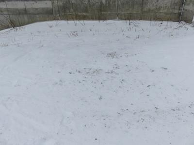 スノーボードリフト降り場小石