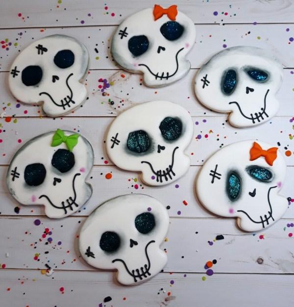 Happy Skull Halloween Sugar Cookie