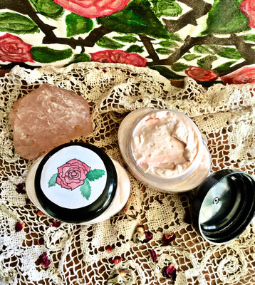 La Vie En Rose Face Cream