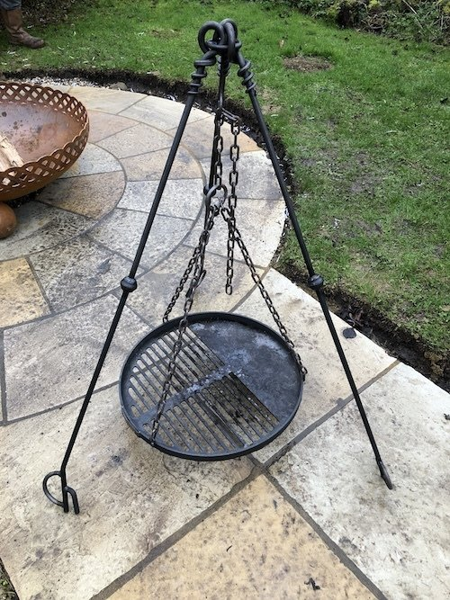 Tripod Cooking Stand for Small Bowls