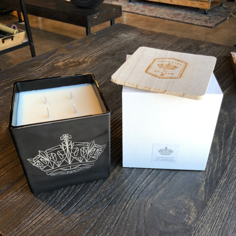 Jumbo Imperial Moto Candle - Geometric Crown 00014