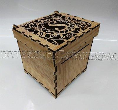 Caja Donaciones Madera + 50 Sobres de Dinero 20x20x20cms 03