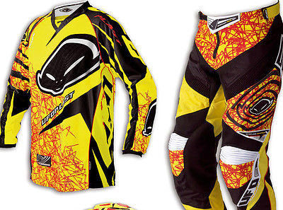 COMPLETO UFO JUNIOR MX 22 BOY colore D