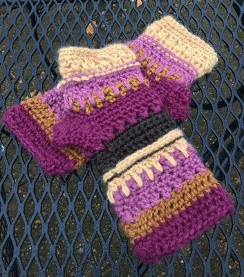 Color Play Alpaca Fingerless Gloves