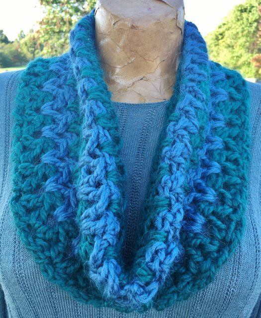 Stormy Weather Cowl - Green and Blue 17828