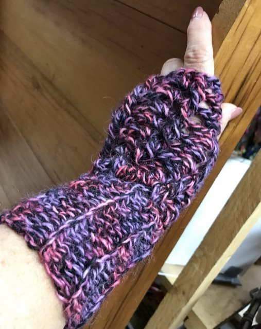 Twisted Stitch Fingerless Gloves - Swizzle 18154