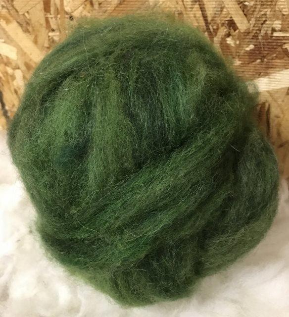 Alpaca Wool Roving - Pine Green 18155