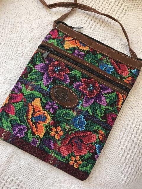 Handwoven Shoulder Bag 18182